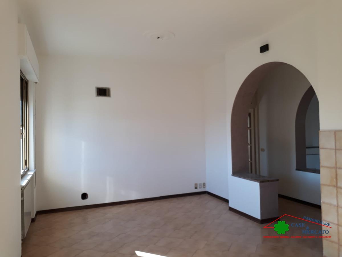Appartamento affitto CAPANNORI (LU) - 7 LOCALI - 130 MQ