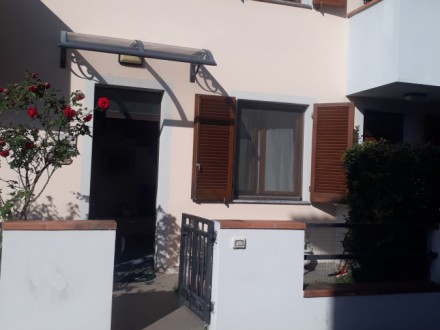Delightful terraced house 8 km from Center