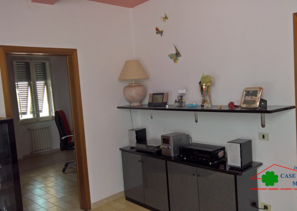 Sale Apartments Lucca - Apartment in the city's prestigious historic area Locality