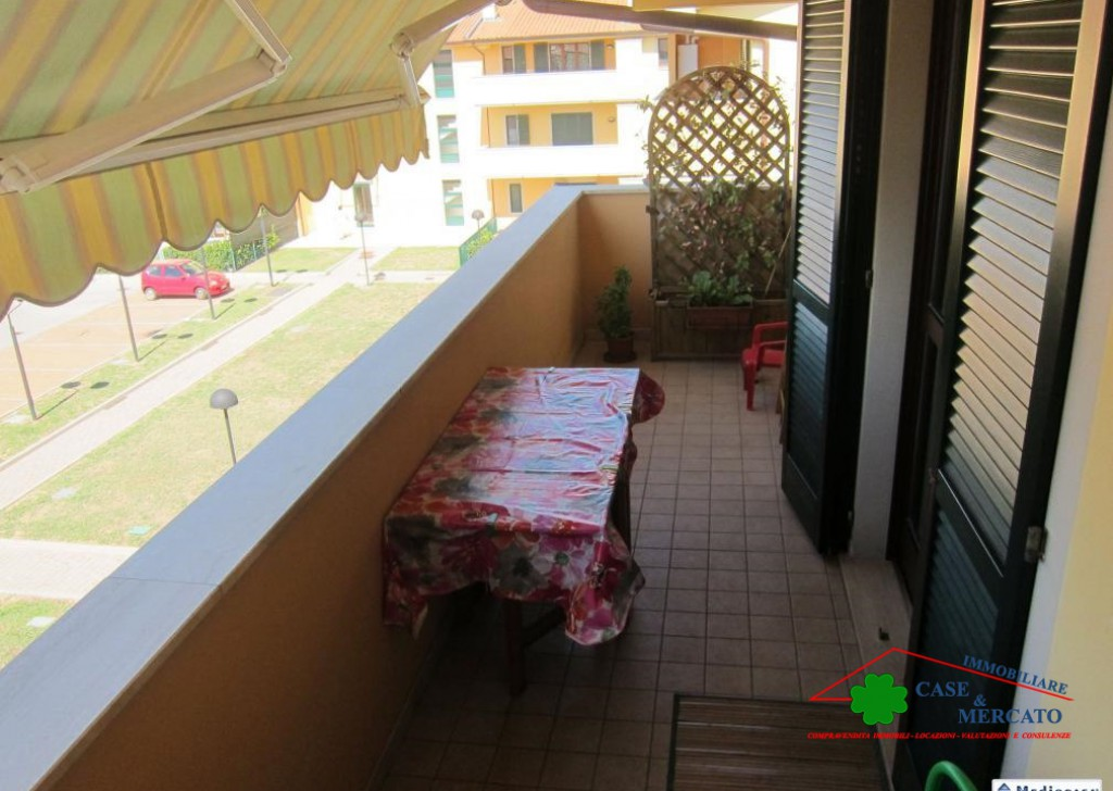 For Sale Apartments Altopascio - Large apartment can be divided into 2 units Locality