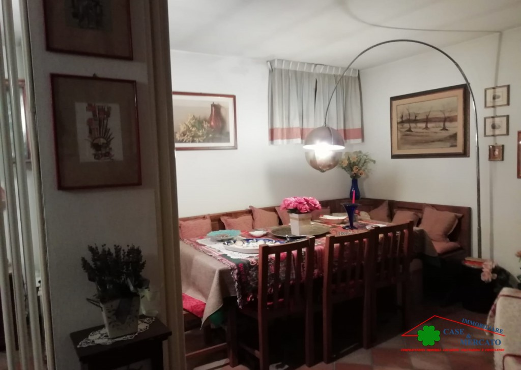 For Sale Villas Lucca - Beautiful detached villa with garden and tavern Locality