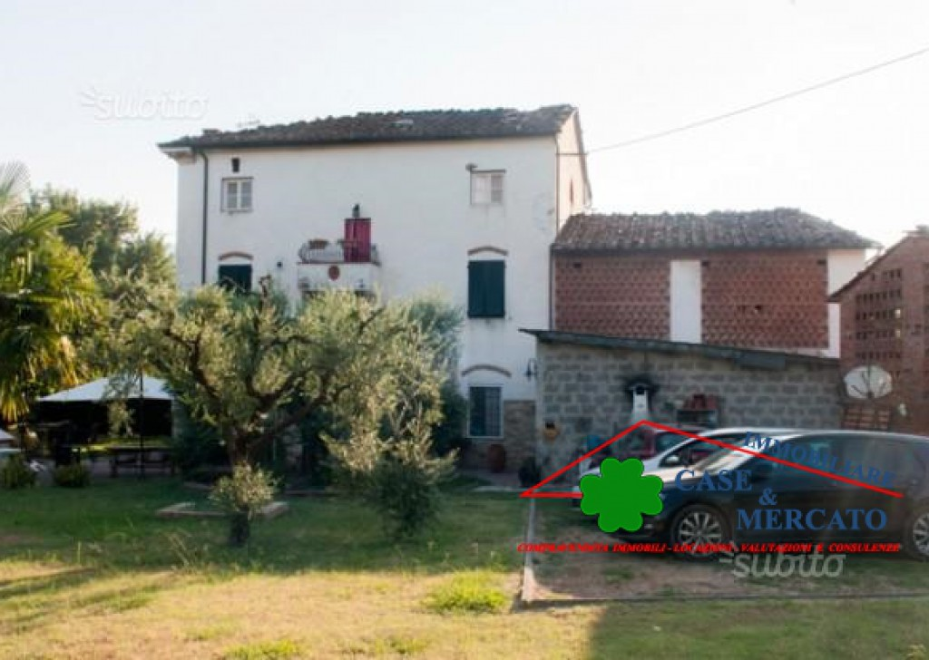 For Sale Cottages and Farmhouses Capannori - Residential Cottage Locality