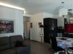 Completely renovated apartment very close to the centre - 1