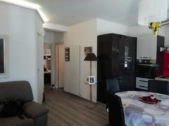 Completely renovated apartment very close to the centre - 2