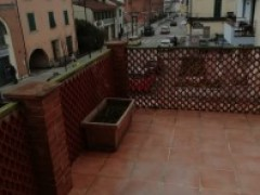 Large apartment with large terrace very close to the center - 25