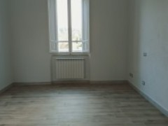Lovely first floor apartment completely renovated - 2
